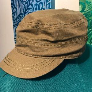 Accessories - Camo green cap